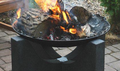 brasero fonte sur table granit art du feu. Black Bedroom Furniture Sets. Home Design Ideas